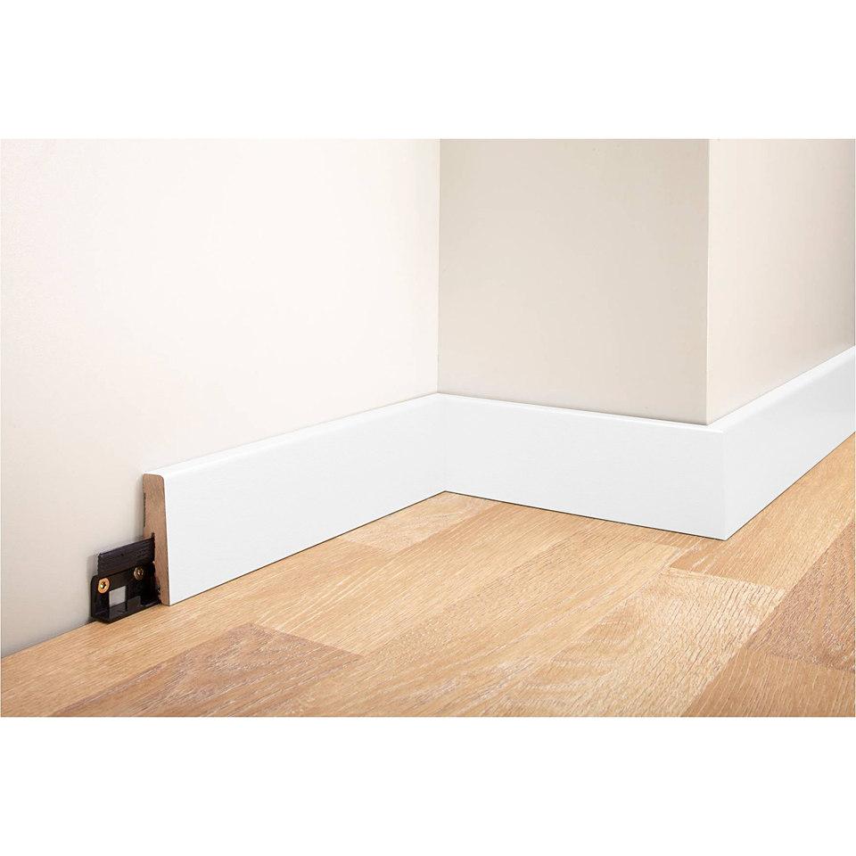 sockelleisten eisenwaren und baumaterialien. Black Bedroom Furniture Sets. Home Design Ideas