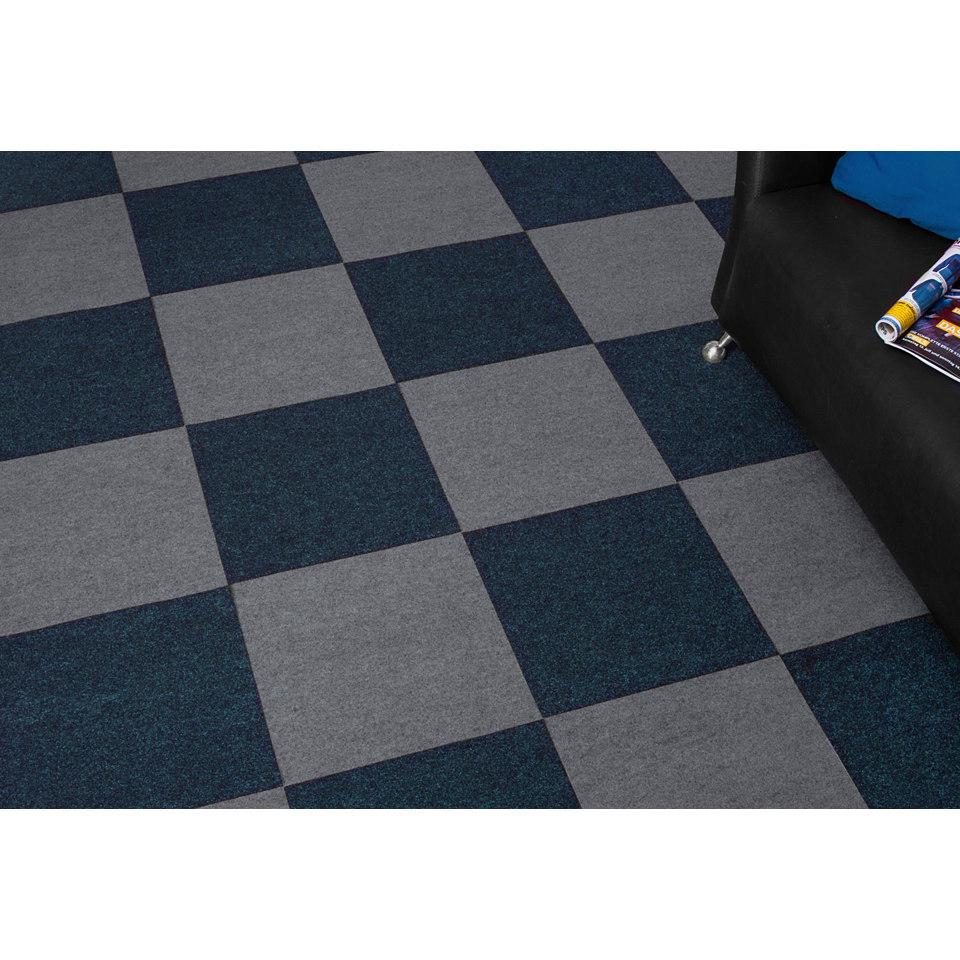 Super-Spar-Set: Nadelfilz Teppichfliesen 24 m², blau