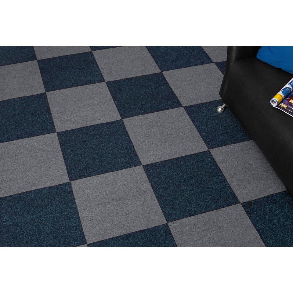 Super-Spar-Set: Nadelfilz Teppichfliesen 24 m², grau
